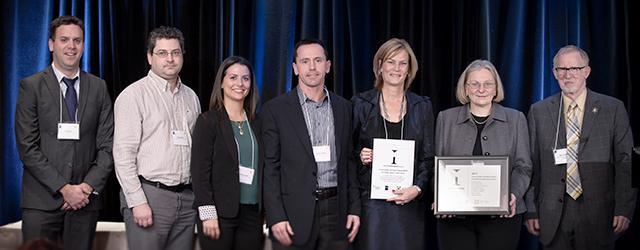 <h3>2013 CQCO Innovation Award</h3><p>Ottawa Cardiac Oncology Program<br />wins prestigious Innovation Award</p>
